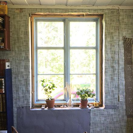 Lagat i kring fönster
