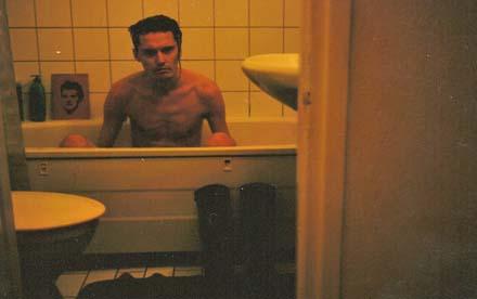 Jag är Lee Miller i ett badkar i München